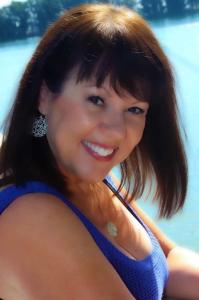 Cindy DeLuz